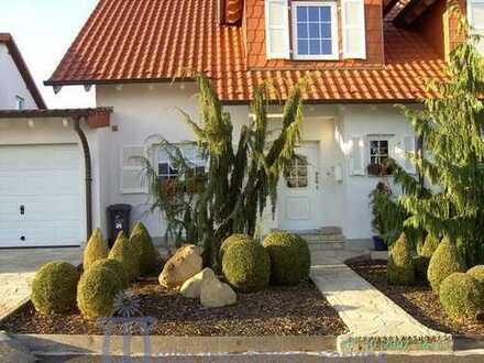 Exklusive Doppelhaushälfte in schöner Stadtrandlage von Homburg