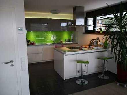 1.250 €, 98 m², 3 Zimmer