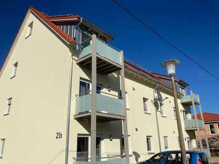 3 Zi-Wohnung mit Balkon EBK inkl Strom