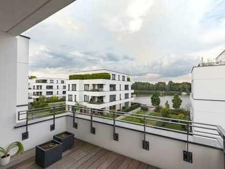 Helle Wohnung mit Seeblick und Balkon in ruhiger zentraler Lage auf Stralau
