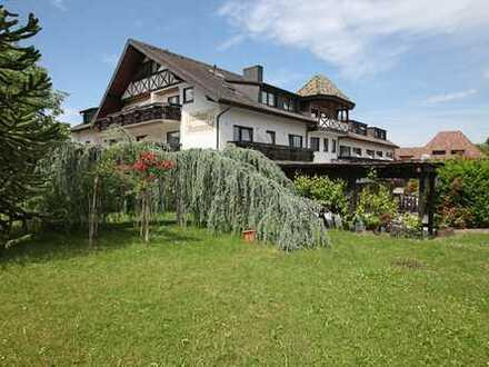 3-Sterne Superior Hotel mit 123 Betten, Top-Restaurant und Festsaal in Schallstadt-Mengen