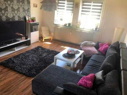 Ruhige 3-Zimmer-Wohnung mit Balkon und Garage in Selb