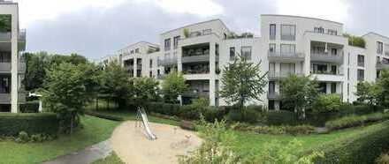 Neuwertige 3-Zimmer-Wohnung mit Balkon und Einbauküche in Pasing (teil-möbliert)
