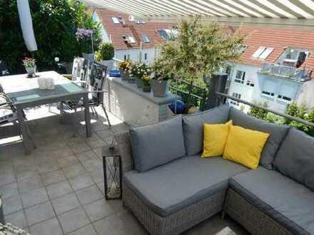 Wunderschöne Maisonette-Wohnung mit großem Balkon in Dietzenbach-Steinberg