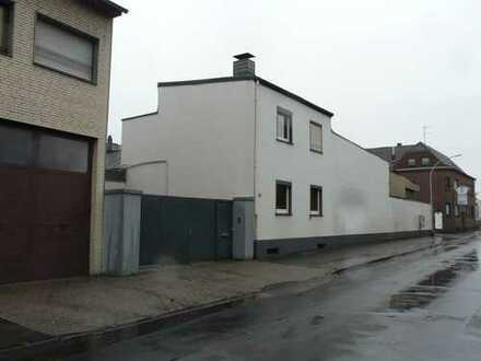 Wohn/Bürohaus mit Lager/ Produktionshalle/Werkstatt zu verkaufen/ Invest od. Eigennutzung