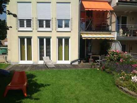 Sonnige 5-Zimmer-EG-Wohnung mit Garage/Terrasse/Garten in Bornheim