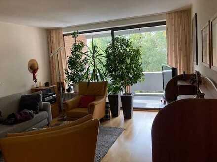 Ruhige 3-Zimmer Etagenwohnung mit 2 Balkonen in Ac-Laurensberg