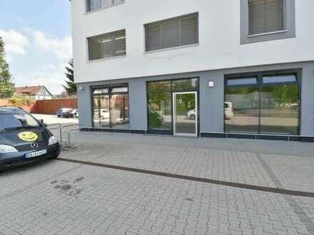 Altdorf: Garantiert hohe Kundenfrequenz - Büro/Praxis/Ausstellungsfläche/Gastro
