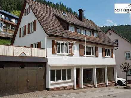 Vielseitig nutzbares Wohn- und Geschäftshaus mit großer Terrasse in zentraler Lage von Bad Teinach