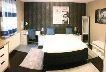 Möbliertes Zimmer in 3er WG mit großer Terrasse im Stuttgarter Zentrum