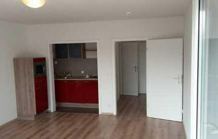 Vollständig renovierte 1-Zimmer-Wohnung mit Balkon und Einbauküche in Mönchengladbach