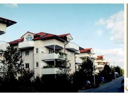 TALHEIM - Großzügige 4,5 Zimmer im DG inkl. 2 Balkone, EBK und 2 TG-Stellplätze