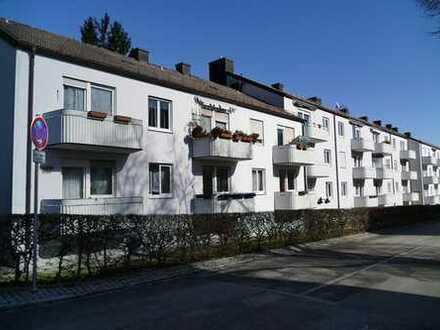 Helle und sonnige 3 Zimmer Wohnung in ruhiger zentraler Lage Gersthofens