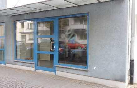 Super Gewerbefläche in Erdgeschosslage mit Schaufenster und Lagerraum!