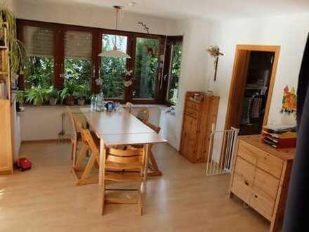 Wohlfühl-Reihen-Eckhaus mit 6,5 Zimmern in Winnenden