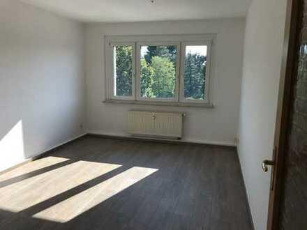 Böhlitz-Eherenberg* neu renoviert* helle 3 Zimmer-Whg* Tageslichtbad* sep. Küche*