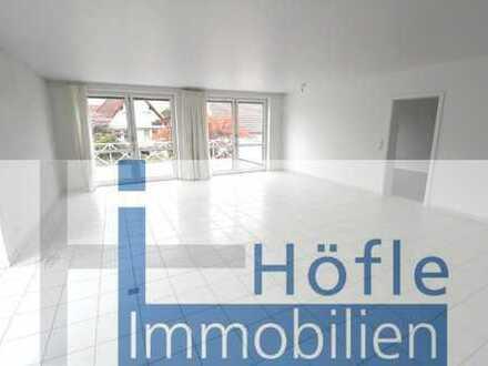 Darmstadt Eberstadt, geräumige 2 ZKB Wohnung mit großem Balkon und Gartenblick