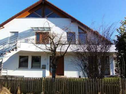 4,5-Raum-Maisonette-Wohnung im Zweifamilienhaus mit Blick ins Grüne