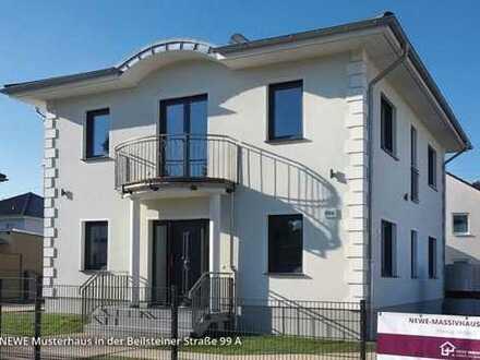 Doppelhaushälfte in Hönow in Massivbauweise.