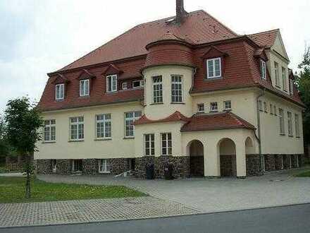 Preiswerte Büro's in Jugendstil - Villa