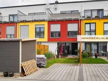 IMMOBERLIN: Townhouse mit Südgarten & -terrasse