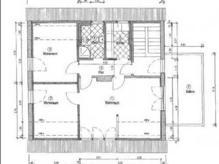 Schöne 3-Zimmer-Dachgeschosswohnung mit großem Balkon und Einbauküche in Hoppegarten