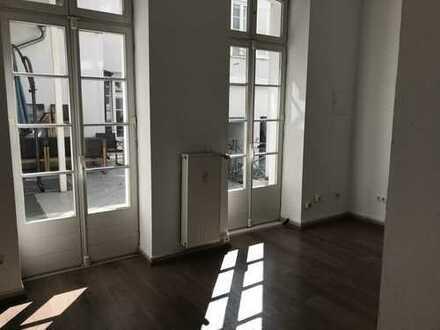 Hier macht arbeiten Spaß! 5-Zi-Wohlfühl-Büroetage mit Innenhofterrasse Nähe Schulberg/Michelsberg