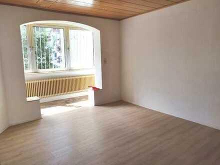 Charmante 4 Zimmer Stadtwohnung mit großer Terrasse im Herzen Offenbachs nahe Wilhelmsplatz