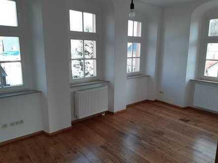 Tolle 5 Zimmer Wohnung zentral gelegen in Hartenstein