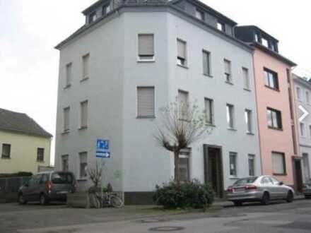 Sehr schöne frisch renovierte 3-Zimmer Wohnung in Rheydt Zentrum