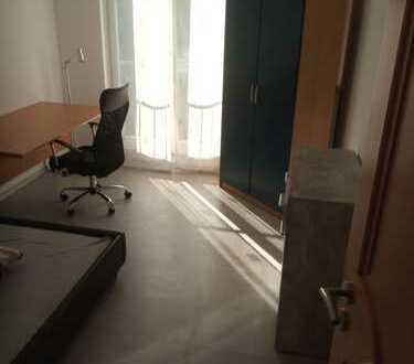 WG Zimmer RH voll ausgestattete alles da was mann braucht Internet Waschmaschine