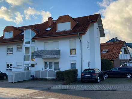 Gepflegte 1-Zimmer-Erdgeschosswohnung mit Balkon und Einbauküche in Nußloch