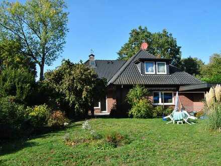 Komfortable Erdgeschoßwohnung 127 m2 mit Garten in ruhiger Lage Nähe A1 (Stuckenborstel)