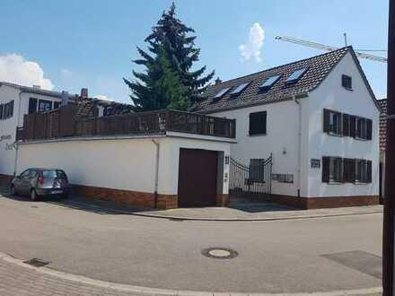 Unscheinbare - hochwertige Immobilie mit ca. 300 m² Wfl.