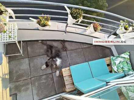 IMMOBERLIN: Makellose Wohnung mit Südbalkon und tollem Ambiente in Toplage