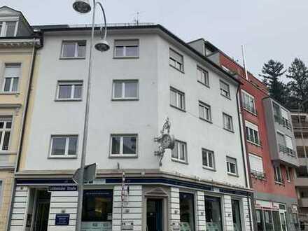 Mehrfamilienhaus mit einer Gewerbeeinheit in Baden-Baden, Innenstadt