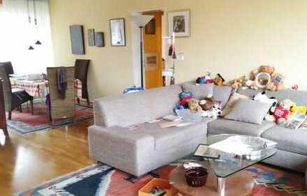 4-Zimmer-Wohnung mit Balkon und EBK in Bonn