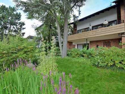 Für Blickverliebte :-) Großzügiges, freistehendes Familienhaus in Isenbügel