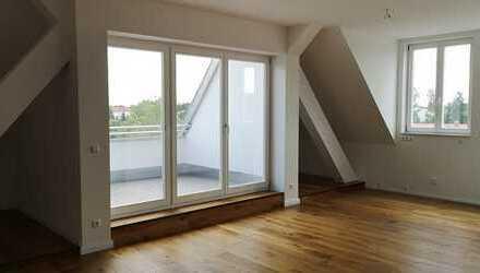 Altbau Erstbezug! 3 Zimmer mit hochwertiger Ausstattung, Dachterrasse