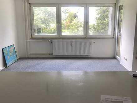 Helle 2-Raum-Wohnung mit EBK und Balkon in Schwäbisch Gmünd