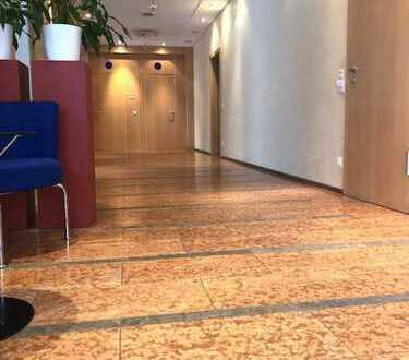 Repräsentative Praxis/Büroräume in sehr guter Lage
