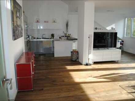 Neu im Verkauf! ***Exklusive 3-Zimmer Dachgeschoss-Wohnung mit Aufzug, Balkon und Klimaanlage***