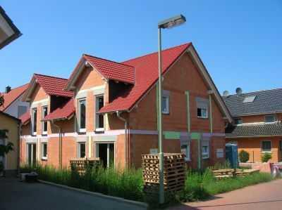 Große Doppelhaushälfte mieten oder mit Baukindergeld für weniger kaufen