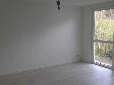 Rodewisch: 2 größere Zimmer, stufenlos erreichbar, mit Terrasse