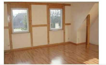 700 € - 74 m² - 2.5 Zi.