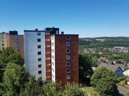 Neu renovierte 2 ZKB Wohnung im MFH mit Top Aussicht. Täglich Besichtigungen