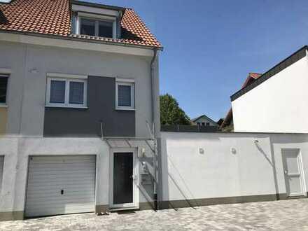 Schönes Reihenmittel-/ Endhaus + Einliegerwohnung und Option zum erweiterten Ausbau, provisionsfrei!
