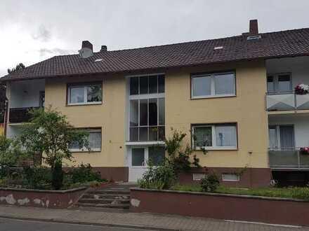Vermiete schöne 3 ZKB Erdgeschosswohnung m. Tageslichtbad