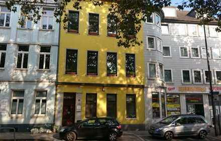 Gepflegte 2-Zimmer-Wohnung mit neuer Einbauküche in Aachen