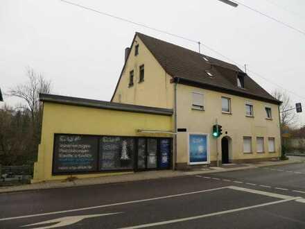 Ottweiler/Landkrs. Neunkirchen: 3-Zimmer-Wohnung mit Terrasse in Zentrumsnähe